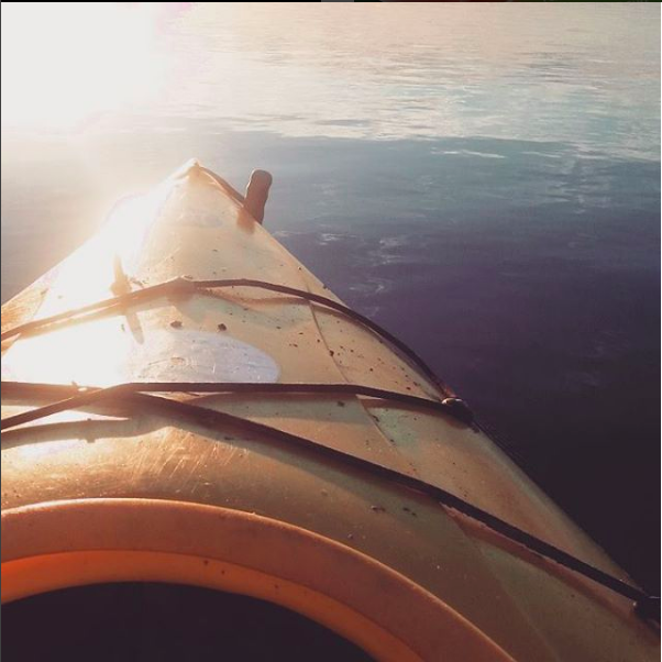 kayak-bow-sunrise
