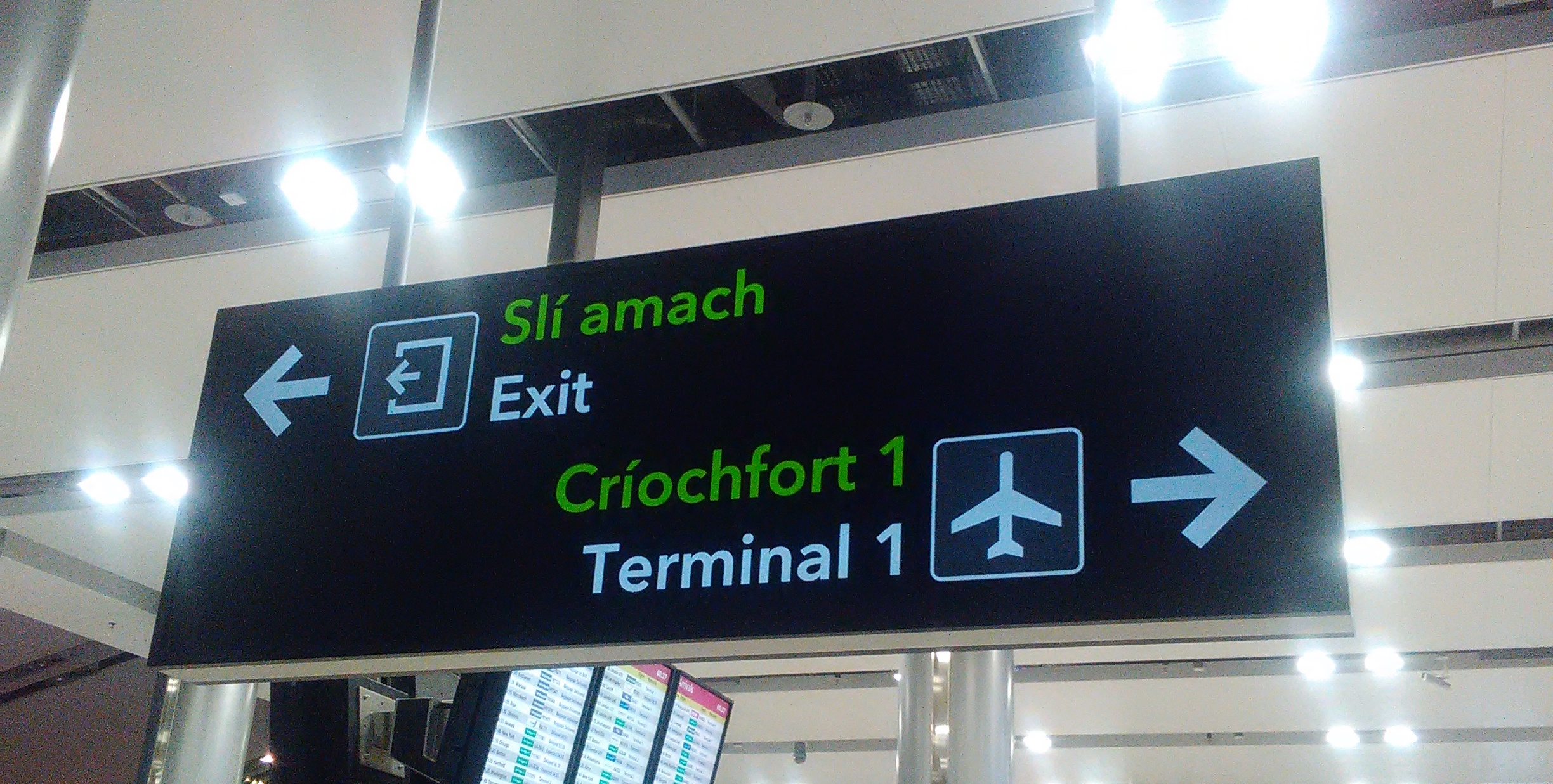 dublin-airport-writer