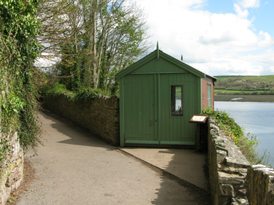 dylan thomas writing shed boathouse
